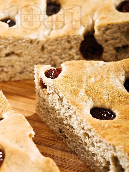 Кейк / сладкиш с газирана вода, сметана, сушени череши и ванилия за десерт - снимка на рецептата